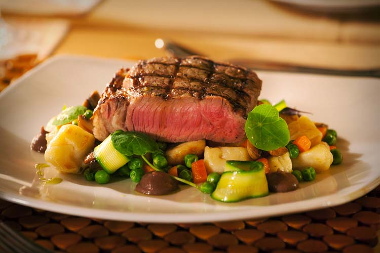 Dining_Maincourse_Rump_steak